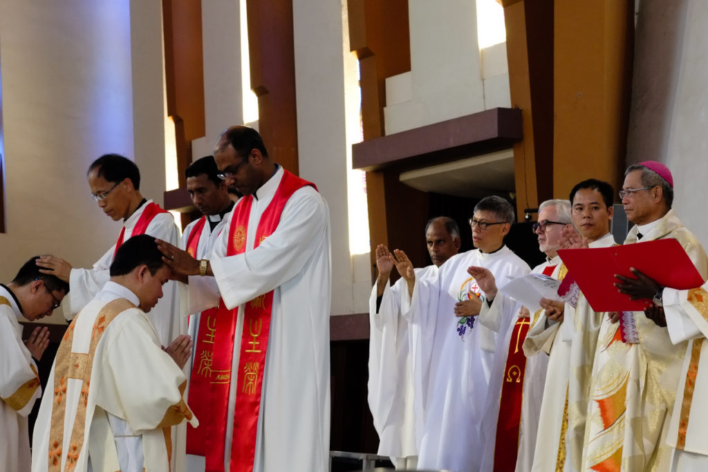 June 9 as hundreds of people gathered for the ordination of Romio Brahma SJ and Aloysius Ming-te Hsu SJ to the priesthood