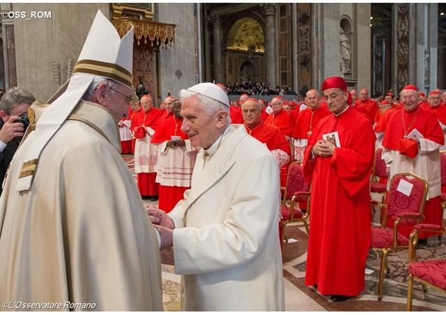 教宗主持樞密會議:樞機是有愛德和望德的人