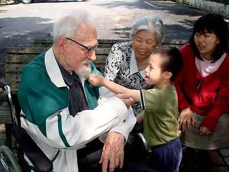 葉由根神父對弱勢孩子的愛,在台灣生根2