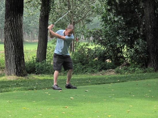 """第五屆""""慈善盃""""高爾夫聯誼賽在京舉行"""