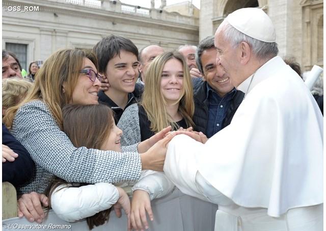 教宗公開接見:願每個家庭活出遵守諾言的榮譽