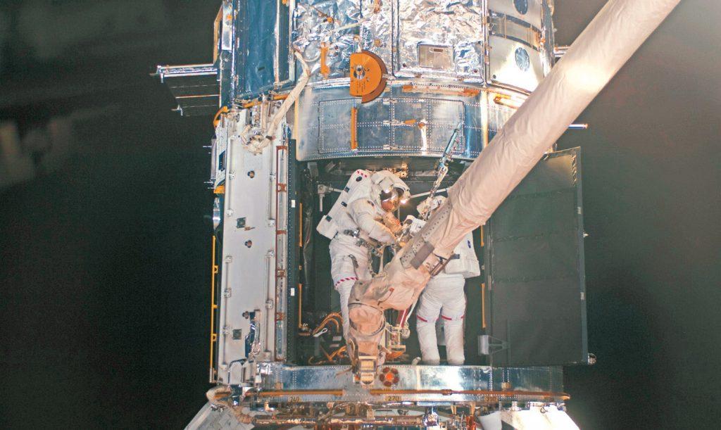 教徒太空人執行任務 堅持領聖體 鞏固信仰