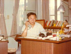 8. 擔任輔仁大學管理學院院長時(1978年)