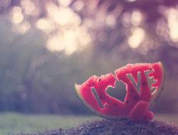 arbus-fruit-heart-love-love-is-in-the-air-favim-com-404936_large