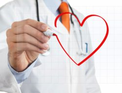 doctor-heart-healthy-640x442