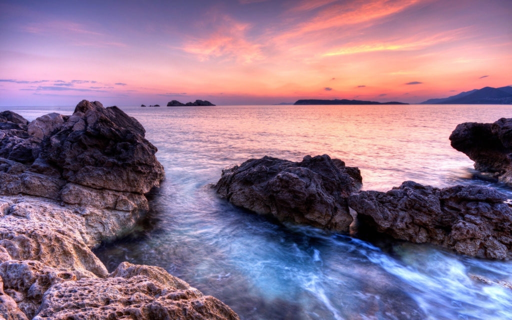 6859400-beach-scenery